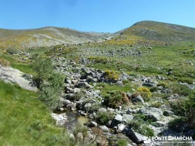 La Mira - Los Galayos (Gredos);recorridos por madrid excursion cerca de madrid excursiones organizad